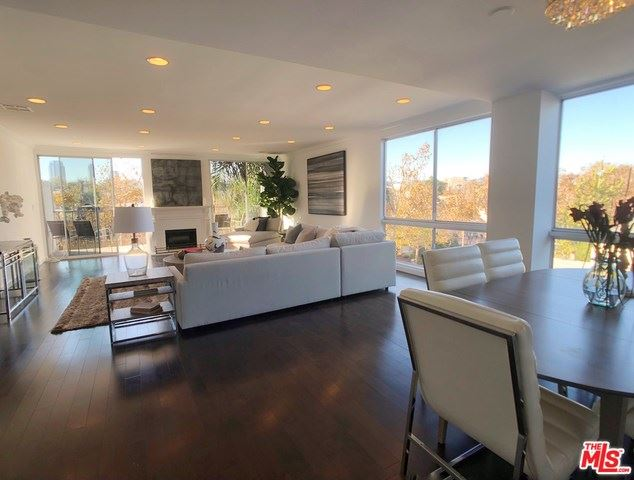 Photo for 450 S MAPLE Drive #305, Beverly Hills, CA 90212 (MLS # 19530764)