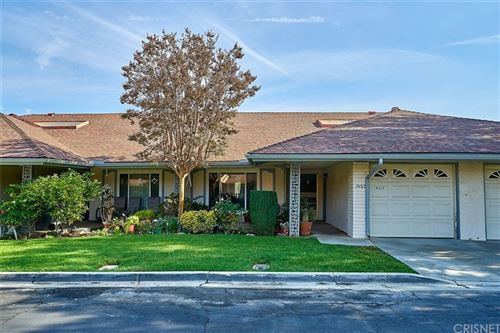 Photo of 19317 FLOWERS Court, Newhall, CA 91321 (MLS # SR21215765)