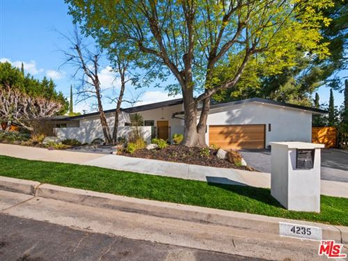 Photo of 4235 ALONZO Avenue, Encino, CA 91316 (MLS # 20574766)