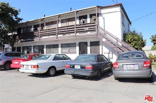 Photo of 2280 S Barrington Avenue #2, Los Angeles, CA 90064 (MLS # 21678766)