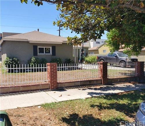 Photo of 6143 CANBY Avenue, Tarzana, CA 91335 (MLS # SR20152766)