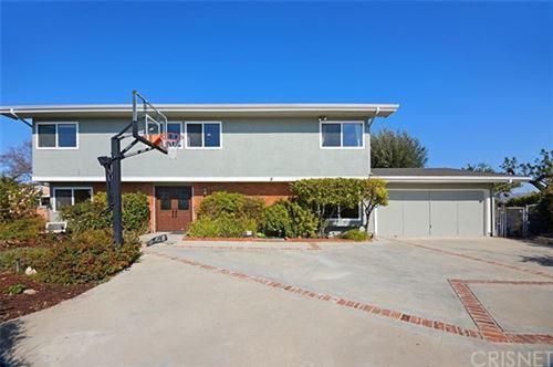 Photo of 23391 Sandalwood Street, West Hills, CA 91307 (MLS # SR21041766)