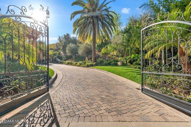 Photo of 1017 Westbend Road, Westlake Village, CA 91362 (MLS # 221000766)