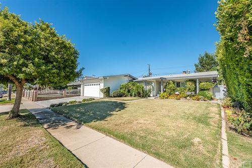 Photo of 9651 Oso Avenue, Chatsworth, CA 91311 (MLS # SR20154767)