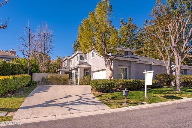 Photo of 5694 Tanner Ridge Avenue, Westlake Village, CA 91362 (MLS # 221000767)