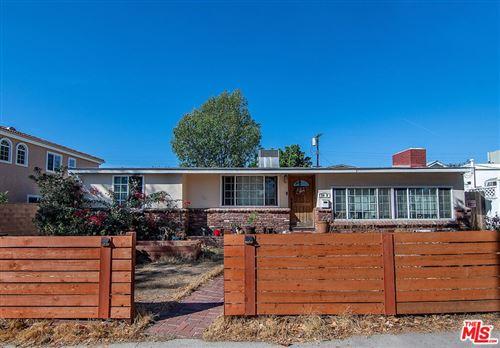 Photo of 8419 Ranchito Avenue, Panorama City, CA 91402 (MLS # 21798768)