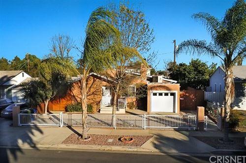 Photo of 5910 Yarmouth Avenue, Encino, CA 91316 (MLS # SR21011768)