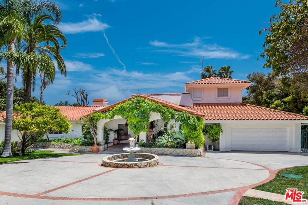 Photo of 29130 Cliffside Drive, Malibu, CA 90265 (MLS # 21761768)