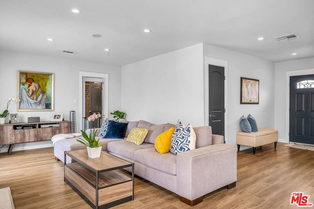 Photo of 6243 Fulcher Avenue, North Hollywood, CA 91606 (MLS # 21788768)