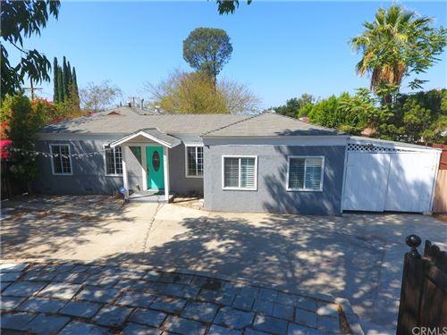 Photo of 10819 Woodward Avenue, Sunland, CA 91040 (MLS # CV21208769)