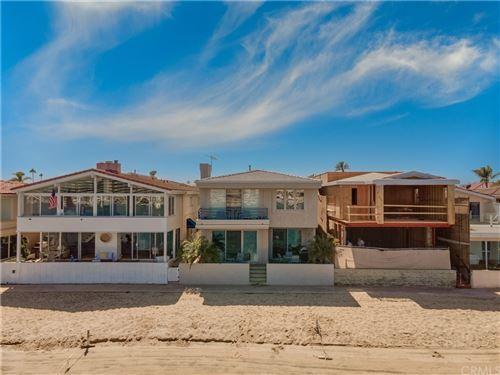 Photo of 414 Via Lido Nord, Newport Beach, CA 92663 (MLS # NP21229769)