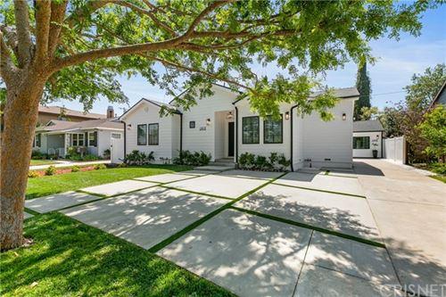Photo of 14018 Morrison Street, Sherman Oaks, CA 91423 (MLS # SR21074769)