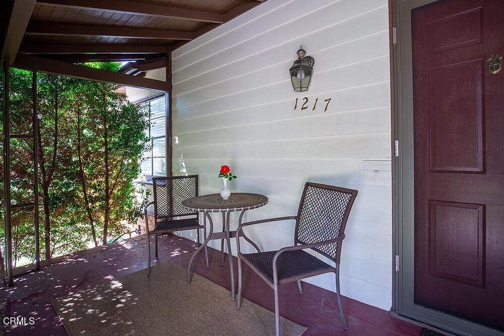Photo of 1217 Forest Avenue, Pasadena, CA 91103 (MLS # P1-6769)