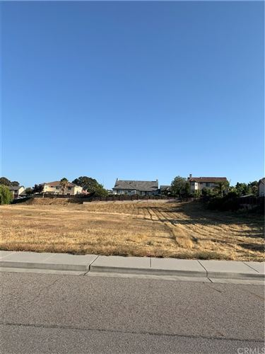 Photo of 2301 Ashwood Place, Paso Robles, CA 93446 (MLS # NS20147770)