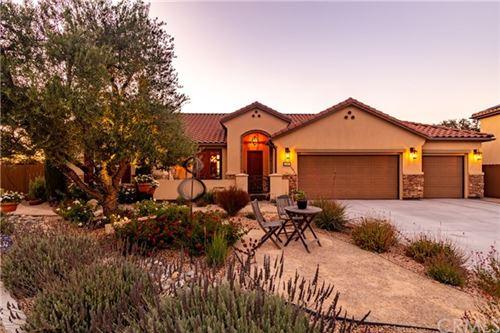 Photo of 2041 Vista Oaks Way, Paso Robles, CA 93446 (MLS # NS20151770)