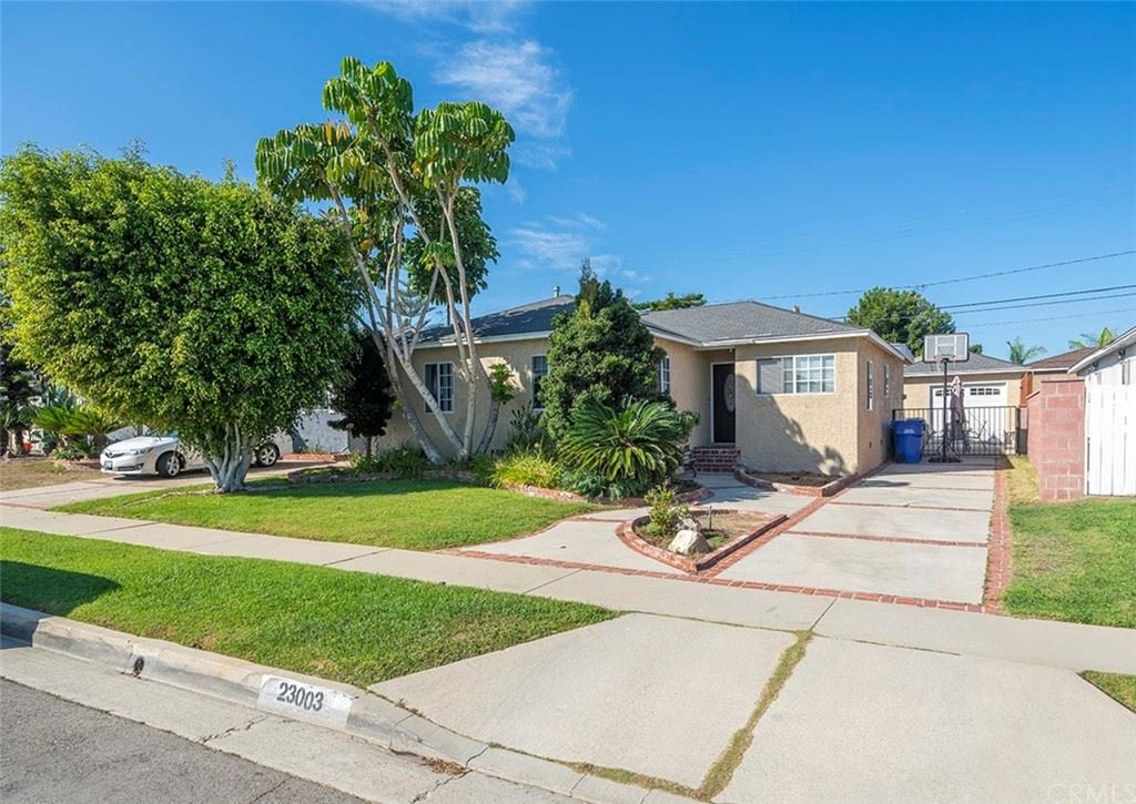 23003 Petroleum Avenue, Torrance, CA 90502 - MLS#: SB21226770