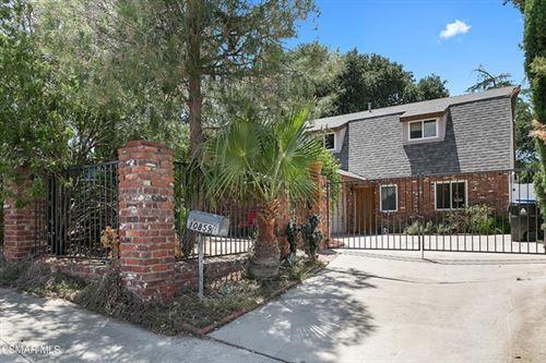 Photo of 10859 Scoville Avenue, Sunland, CA 91040 (MLS # 221002771)