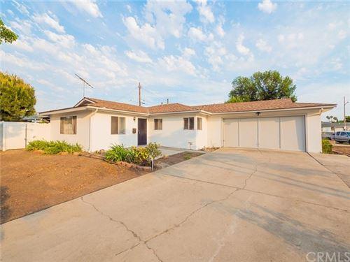 Photo of 810 E Whitecap Avenue, Orange, CA 92865 (MLS # OC21131771)