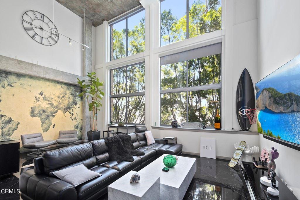 Photo of 840 E Green Street #305, Pasadena, CA 91101 (MLS # P1-6771)