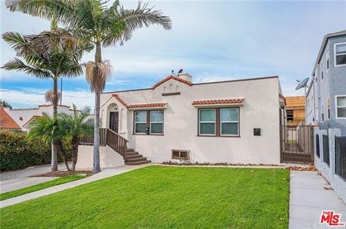 Photo of 1327 S Tremaine Avenue, Los Angeles, CA 90019 (MLS # 21711772)