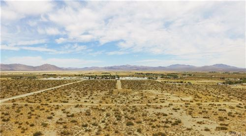 Photo of 0 Old Woman Springs Rd, Lucerne Valley, CA 92356 (MLS # OC19098772)