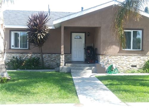Photo of 127 E Flora Street, Santa Ana, CA 92707 (MLS # PW19192772)