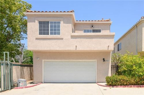 Photo of 9410 Noble Avenue, North Hills, CA 91343 (MLS # PW21101772)