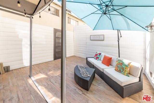Photo of 320 S Gramercy Place #103, Los Angeles, CA 90020 (MLS # 20661772)