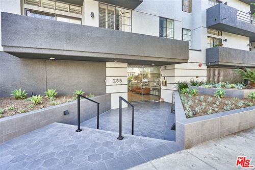 Photo of 235 S REEVES Drive #204, Beverly Hills, CA 90212 (MLS # 19519774)