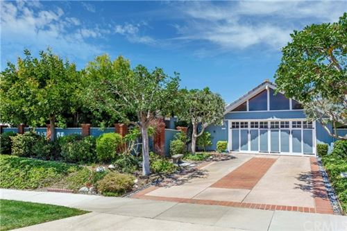 Photo of 627 Rockford Road, Corona del Mar, CA 92625 (MLS # OC20084774)