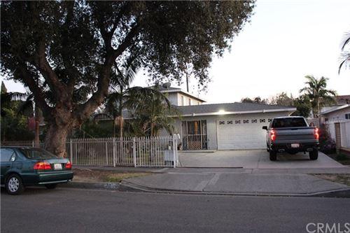 Photo of 2112 W Elder Avenue, Santa Ana, CA 92704 (MLS # OC21041775)