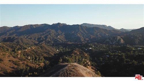 Photo of 22800 PORTAGE CIRCLE Drive, Topanga, CA 90290 (MLS # 18414776)