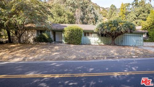 Photo of 3469 MANDEVILLE CANYON Road, Los Angeles, CA 90049 (MLS # 19529776)