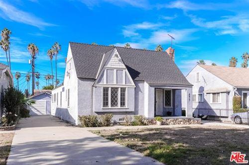 Photo of 4817 S 7Th Avenue, Los Angeles, CA 90043 (MLS # 21680776)