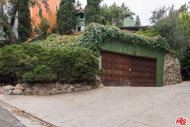 Photo of 6943 CAMROSE Drive, Los Angeles, CA 90068 (MLS # 20586776)