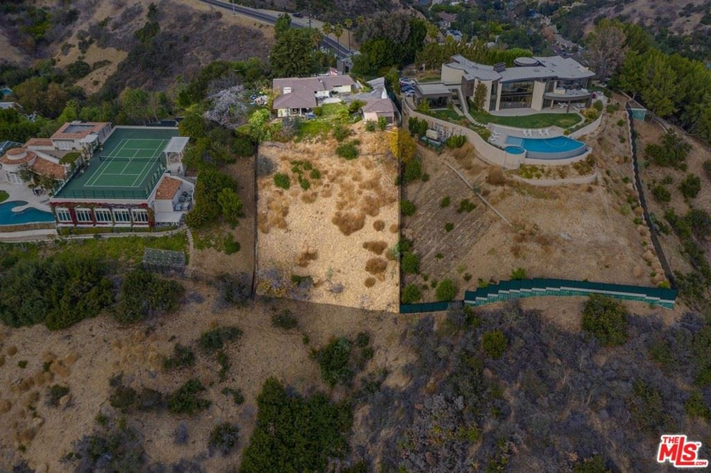 Photo of 13170 Mulholland Drive, Beverly Hills, CA 90210 (MLS # 21684776)