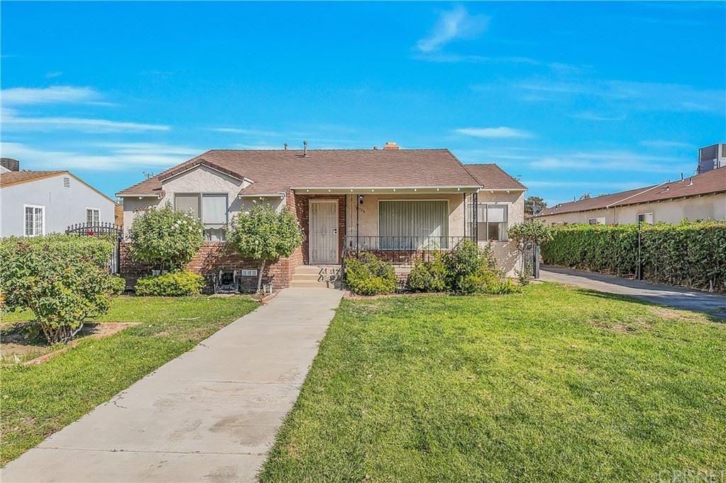 Photo of 8066 Irvine Avenue, North Hollywood, CA 91605 (MLS # SR21226777)