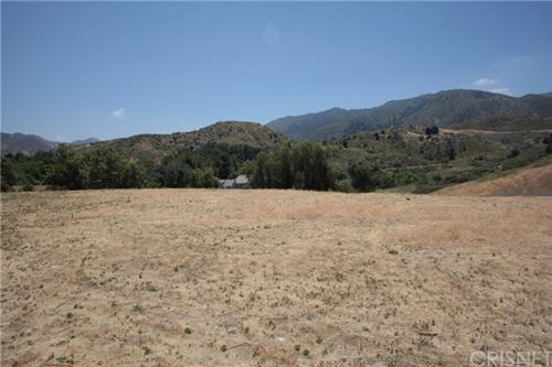 Photo of 25821 Pacy Street, Canyon Country, CA 91321 (MLS # SR20117778)