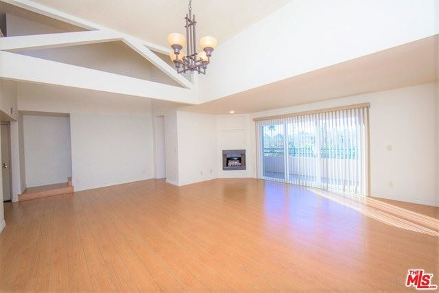 Photo of 1527 9Th Street, Santa Monica, CA 90401 (MLS # 20659778)