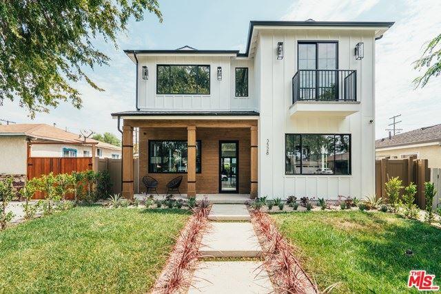 Photo of 3528 Ashwood Avenue, Los Angeles, CA 90066 (MLS # 20661778)
