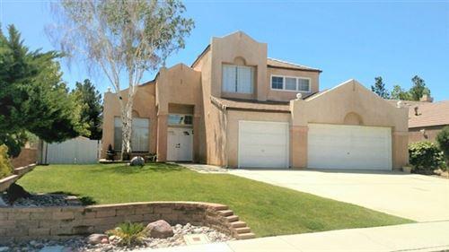 Photo of 2532 Crestview Avenue, Palmdale, CA 93551 (MLS # SR21101779)