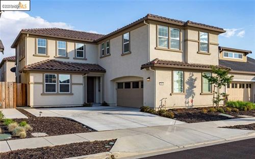 Photo of 486 Trianda Way, Brentwood, CA 94513 (MLS # 40900780)