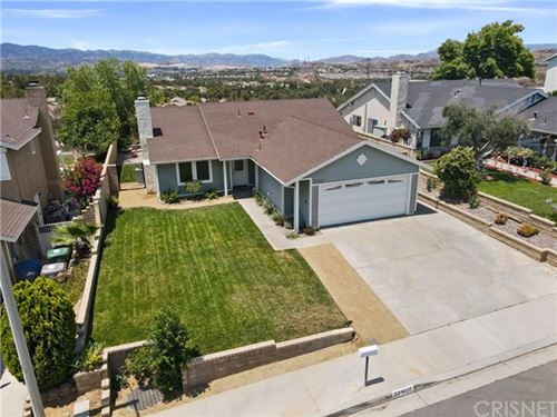 Photo of 27907 Palmetto Ridge Drive, Valencia, CA 91354 (MLS # SR21132780)