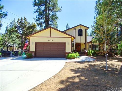 Photo of 2550 Oak Lane, Big Bear, CA 92314 (MLS # EV20098781)