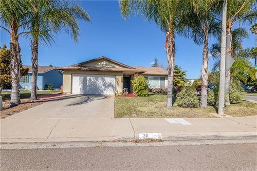 Photo of 2030 Oak Hill Drive, Escondido, CA 92027 (MLS # SW21011781)
