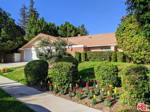 Photo of 19511 Halsted Street, Northridge, CA 91324 (MLS # 20656782)