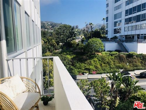 Photo of 17368 W Sunset #403, Pacific Palisades, CA 90272 (MLS # 21727782)