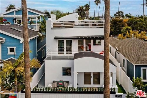 Photo of 2332 Ocean Avenue, Venice, CA 90291 (MLS # 21793782)