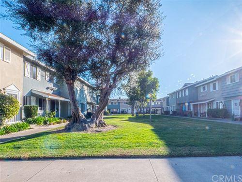 Photo of 19843 Claremont Lane, Huntington Beach, CA 92646 (MLS # TR21015782)