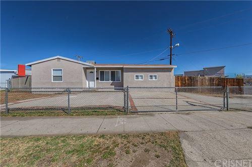 Photo of 14133 Osborne Street, Panorama City, CA 91402 (MLS # SR21038783)